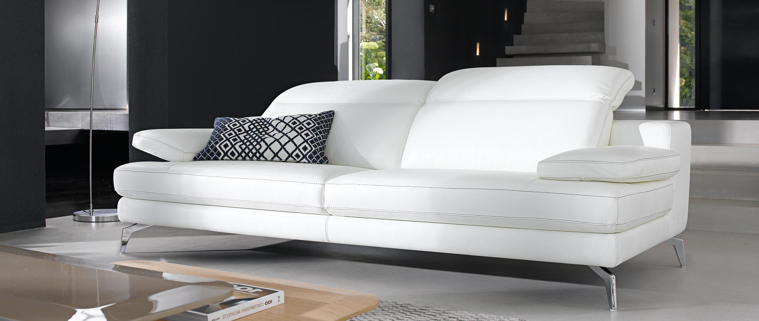 Canap cuire latest canape cuir place canape lit places - Comment nettoyer un canape en cuir blanc ...