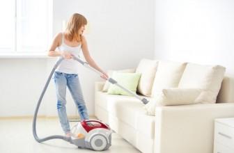 Comment nettoyer un canapé en tissu?